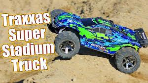 100 Traxxas Stadium Truck SUPER 4WD Basher Rustler 4x4 VXL RTR Review