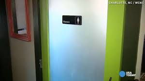 Colleges With Coed Bathrooms by Restaurant U0027s Note In A Unisex Bathroom Goes Viral