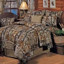 Greenland Home Bedding by Bedroom Greenland Home Moose Lodge Quilt Set Rustic Bedding Set