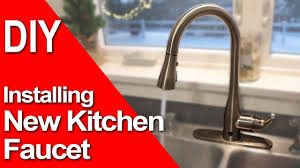 Diy Kitchen Faucet How To Install A New Kitchen Faucet Motion Single Handle Sprayer
