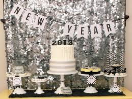 Top 10 Glittering DIY New Year s Eve Party Decorations Top Inspired