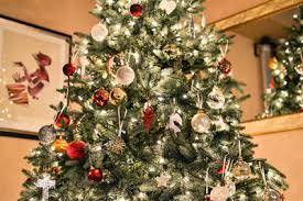 Christmas Tree Elegance Auction