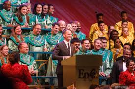 Neil Patrick Harris Halloween Star Wars by Neil Patrick Harris Candlelight Processional 2015 Photo 1 Of 6