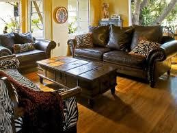 wohnzimmer einrichten sofas im kolonialstil