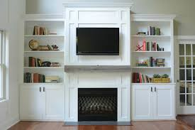 Living Room With Fireplace And Bookshelves by Living Room Built Ins