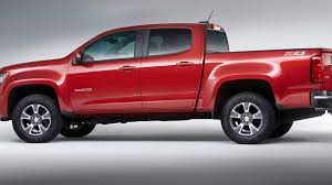 Big Updates, Mid-size Trucks: Canyon, Colorado Twins Receive New V-6 ... 2017 Chevy Colorado Mount Pocono Pa Ray Price Chevys Best Offerings For 2018 Chevrolet Zr2 Is Your Midsize Offroad Truck Video 2016 Diesel Spotted At Work Truck Show Midsize Pickup Of Texas 2015 Testdriventv Trucks Riding Shotgun In Gms New Midsize Rock Crawler Autotraderca Reignites With Power Review Mid Size Adds Diesel Engine Cargazing 2011 Silverado Hd Vs Toyota Tacoma