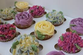 Floral Cupcake Gift Box 12 Standard