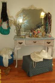 Vintage Vanity Dresser Set by 121 Best Vanity Lane Images On Pinterest Antique Vanity Vintage