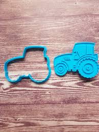 Cookie Cutters - Tractor Cookie Cutter, 8x6.5cm Was Sold For R75.66 ... Wilton Halloween Cookie Cutter Set 18piece Walmartcom Blaze Monster Truck Cookies By Danijo808 Danijo 808 Custom Easter Egg Sugartess Cutters Rm Tinplated 5 Inch Of 3 The Chronicles A College Baker June 2012 Cybrtrayd Squirrel 375 In Brown Polyresin And Recipe Biscuit Hobbycraft Jeep Pick Up Off Road 4x4 Shape Dough Pastry 100 Cutters Truck Cookie Cutter 85x6cm Lamay Sweet Pea Parties Sets