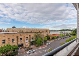 100 Teneriffe Woolstores Unit For Rent 4846 Chermside Street QLD 4005