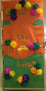 Dr Seuss Door Decorating Ideas by 52 Best Dr Suess Door Decorating Images On Pinterest Door