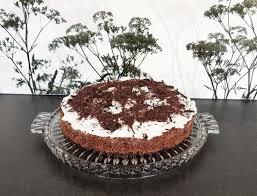 schoko sahne torte mit johannisbeeren low carb mit genuss
