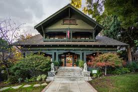 104 River Side House Spectacular Craftsman For Sale In Side For 1 2m Curbed La