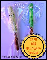 Halloween Decorated Pretzel Rods by Haunted Halloween Pretzel Rods Easy Diy Treats Ghastly Ghost