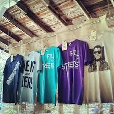 Wardrobe Racks T Shirt Display Rack Creative Ways To Shirts Displays