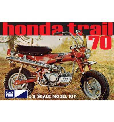 Italeri Honda Trail 70 Motorcycle Kit - 1/8 Scale