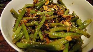 cuisiner des haricots verts recette de haricots verts aux amandes et à l ail