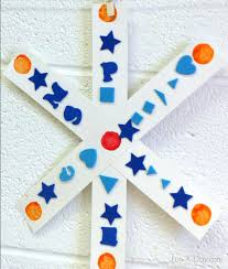 Simple Symmetry Snowflake Craft For Preschoolers Crafts Preschool Exploring With A