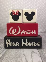Mickey And Minnie Mouse Bath Decor by Mickey Mouse Bathroom
