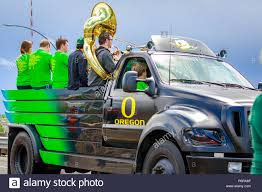 Portland, Oregon, USA - June 9, 2018: University Of Oregon Duck ... The Duck On The Truck By Leonard Kessler Ohiofarmgirls Adventures In Good Land In A Truck Mack Rs 700 Rubber Duck 16x Ats American Holland Dtruckmascot1 Dutch Salvage Moby Logo Design For Stacey Davids Gearz Svanodesign S7 Ep 122 Youtube Bursledon Blog Twitter Cheeky Little Film Shoot This Morning Miami Beach Tours Assures Passengers Of Safety After Download Paperback Free Video Dailymotion