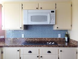 25 kitchen backsplash glass tile ideas in a more modern touch