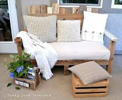 New And Fresh White Pallet Couch