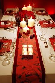 Christmas Centerpieces For Dining Room Tables by Dining Room Festive Christmas Dinner Table Decorating Ideas To