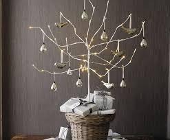 21 Beautiful Faux DIY Christmas Trees To Brighten The Season