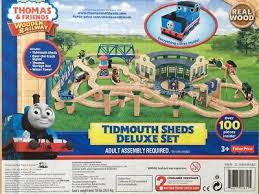 Thomas Tidmouth Sheds Deluxe Set by Learning Curve Thomas The Train Wooden Railway Deluxe Aquarium Set