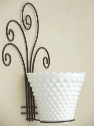 Rustic Vintage Wire Flower Pot Holder Rack W Milk Glass Planter