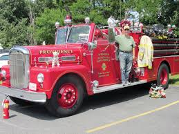 Fire Trucks Rumble Into War Memorial Park Sunday | Johnston Sun Rise