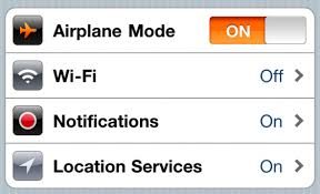 Why You Need to Turn f Your iPhone During Landing and Takeoff