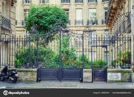 100 Saint Germain Apartments Entrance Of Of Apartments Luxembourg Stock