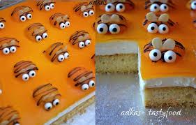 aprikosenkuchen mit bienchen