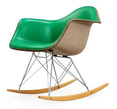 A Charles & Ray Eames Rocking Chair, 'RAR', Herman Miller ... Black 2014 Herman Miller Eames Rar Rocking Arm Chairs In Very Good Cdition White Rocking Chair Charles Ray Eames And For Vintage Brown By C Frank Landau For Sale Rope Edge Chair 1950s Midcentury Modern Rar A Pair 1948 Retro Obsessions
