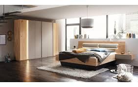 schlafzimmer in massivholz mit glasabsetzungen 47100035 9