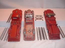100 Antique Toy Fire Trucks Hubley 468 472 473 Hook Ladder