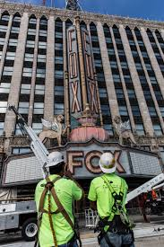 Fox Theatre marquee s a face lift thousands of new lights