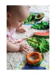 cuisine bebe jouet oli carol jouet pour bébé cathy la carotte en caoutchouc naturel