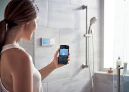 das smarte badezimmer wasserfluss per app steuern bathroom