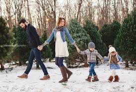 Millers Christmas Tree Farm Indiana by Christmas Family Photo Idea Winter Family Photo Ideas Christmas