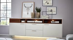 interliving wohnzimmer serie 2102 sideboard 510266 mit beleuchtung
