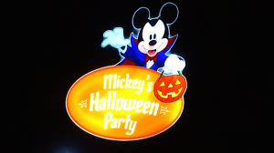 Anaheim Halloween Parade Time by Mickey U0027s Halloween Party 2017 Highlights At Disneyland Youtube