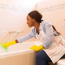 wie sie ihr badezimmer richtig putzen cleanipedia