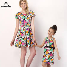 2016 Family Dress Alikes Sleeveless Print Childrens Summer Mother Baby Cloth ChildrenS Skirt Cotton Wholesale Kids Clothing Matching Outfits