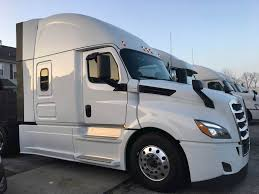 New 2019 Freightliner Cascadia PRL-17K Sleeper Semi Truck For Sale ...