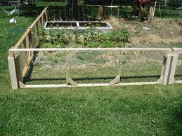 Decorative Garden Fence Panels by Cheap Garden Fencing Ideas E2 80 94 Architectural Landscape Back