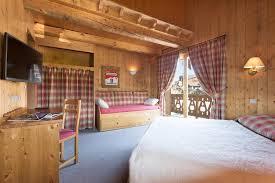 chambre d hotel pour 5 personnes chambres d hôtes le chalet d eléonore chambres d hôtes les saisies