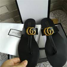 2018 Luxury Brand Women Leather Slippers Flip Flops Designer Metal Chains Summer Sandals Beach Shoes Fashion With Box Gold
