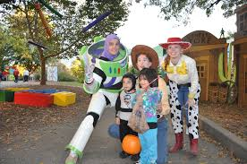 Toledo Zoo Halloween Events 2017 by How To Spend Halloween 2016 In Berlin Phil Potempa It S Time For